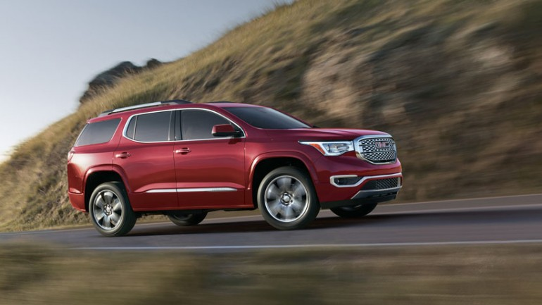 GMC Introduces Redesigned 2017 Acadia at 2016 Detroit Auto Show
