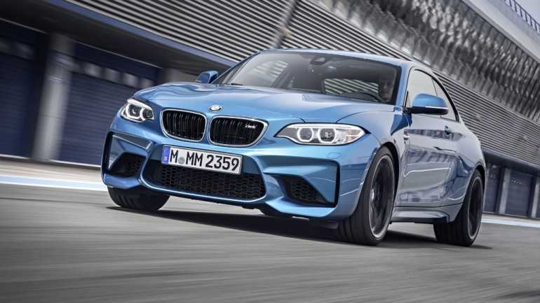 BMW Debuts 2016 M2 and X4 M40i at 2016 Detroit Auto Show