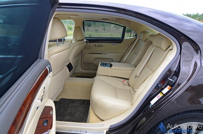 2016-lexus-ls-460l-rear-seats