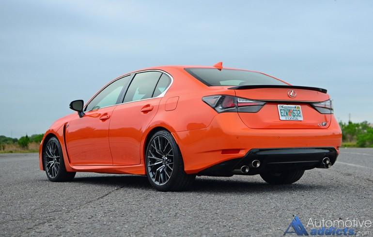 2016-lexus-gs-f-rear-side