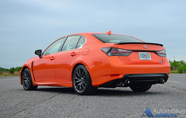 2016-lexus-gs-f-rear-side
