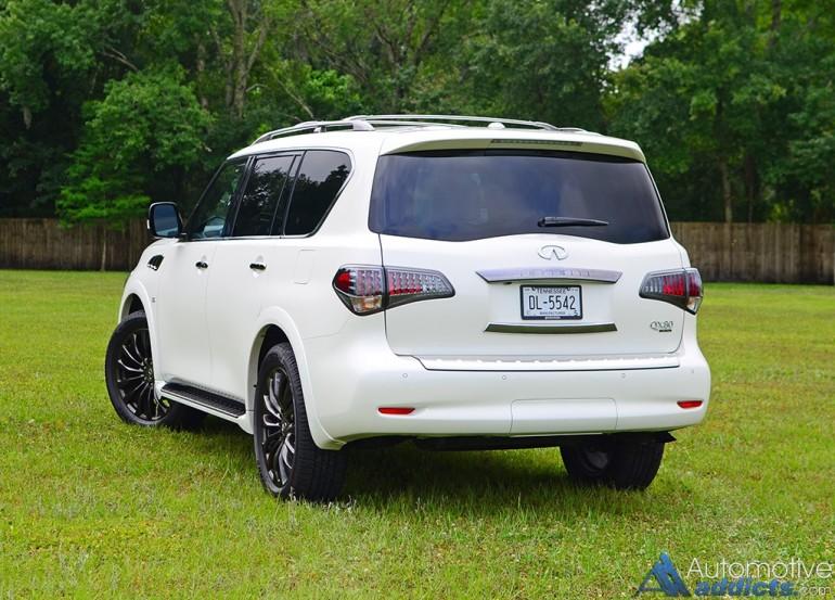 2016-infiniti-qx80-rear-1