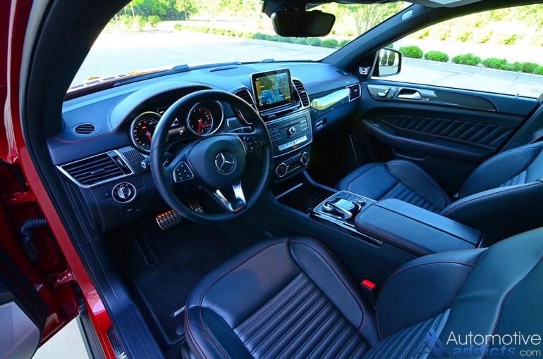 2016-mercedes-amg-gle-450-coupe-dashboard