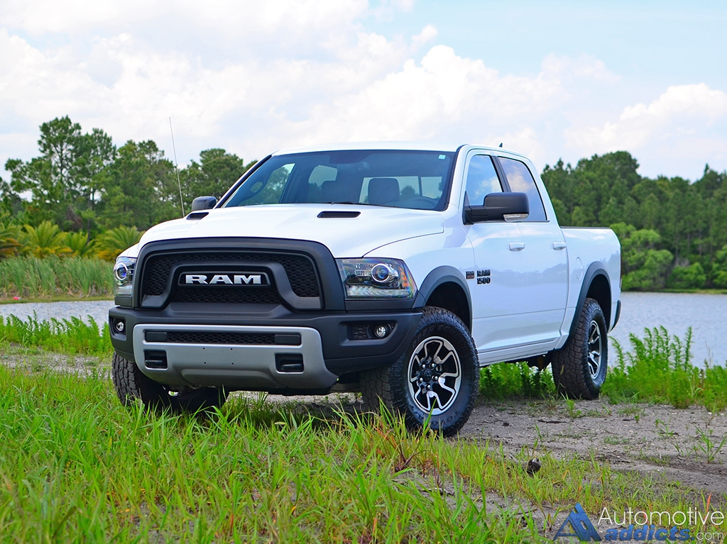2016 ram 1500 rebel crew cab 4 4 review test drive a little extra off roading chops. Black Bedroom Furniture Sets. Home Design Ideas