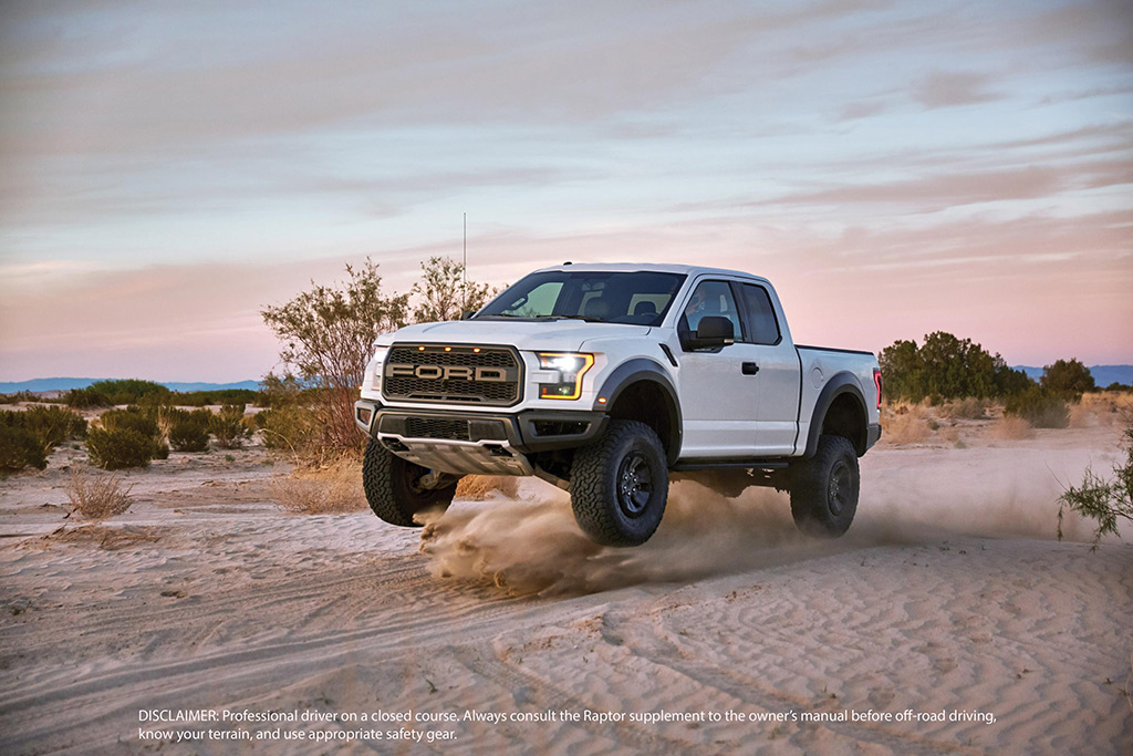 2017 ford f 150 raptor touts being the ultimate high performance off road pickup video. Black Bedroom Furniture Sets. Home Design Ideas
