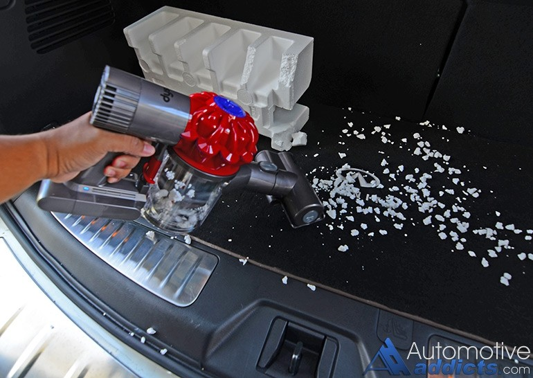 dyson-v6-car-boat-handheld-vacuum-foam