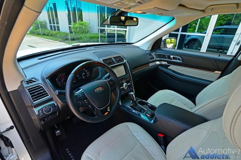 2016-ford-explorer-platinum-dashboard