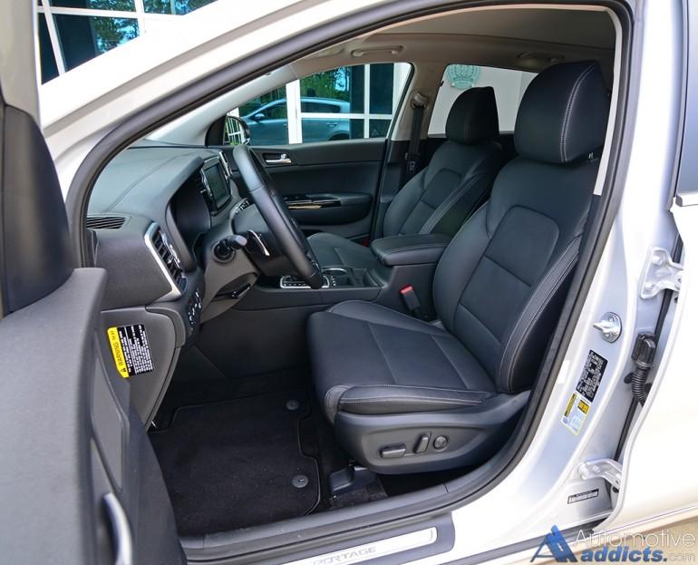 2017-kia-sportage-sx-turbo-awd-front-seats
