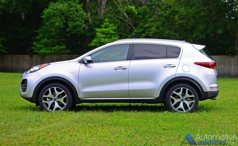 2017-kia-sportage-sx-turbo-awd-side