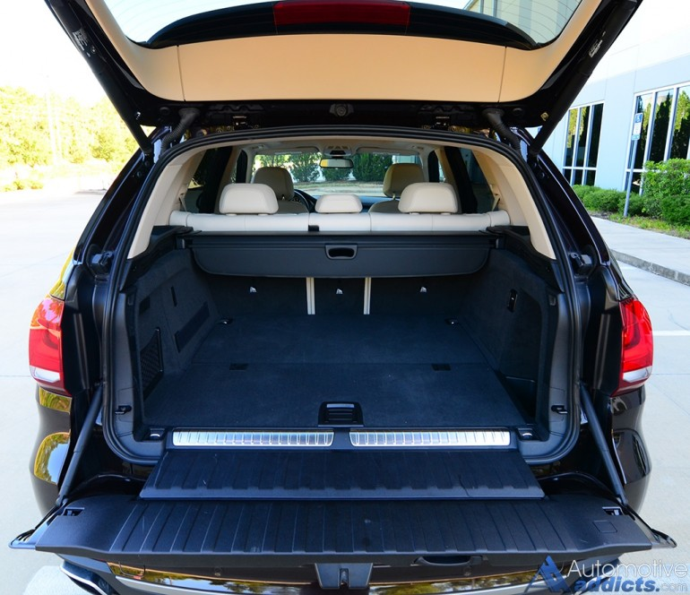 2016-bmw-x5-xdrive40e-rear-cargo