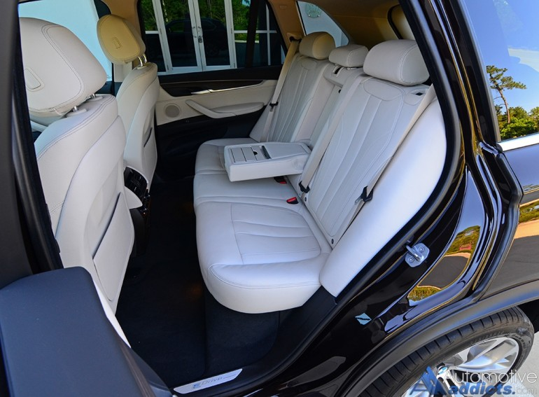 2016-bmw-x5-xdrive40e-rear-seats