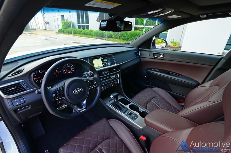 2016-kia-optima-sxl-limited-dashboard