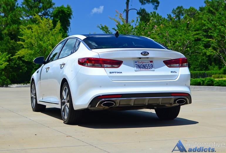 2016-kia-optima-sxl-limited-rear
