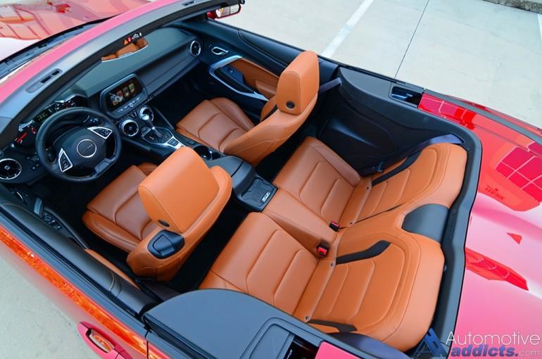 2016-chevrolet-camaro-rs-v6-convertible-seats
