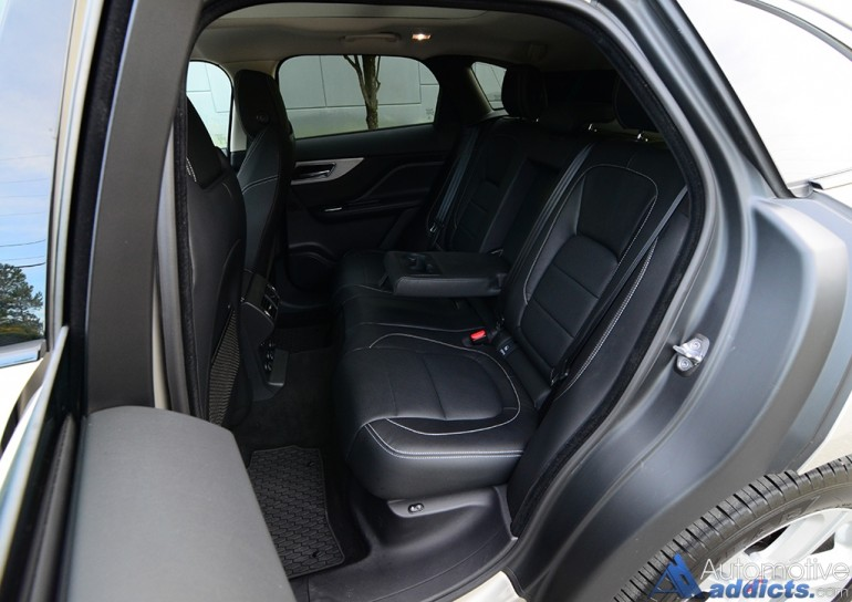 2017-jaguar-f-pace-35t-r-rear-seats
