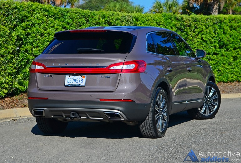 2016-lincoln-mkx-27-black-label-rear-1
