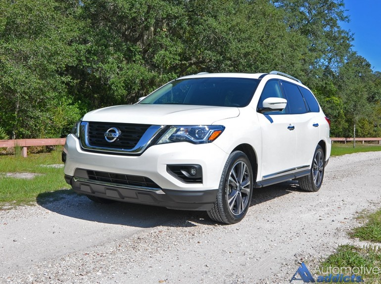 2017-nissan-pathfinder-platinum-4wd-front-up