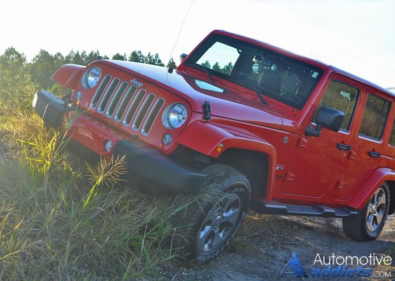 2016-jeep-wrangler-sahara-unlimited-3