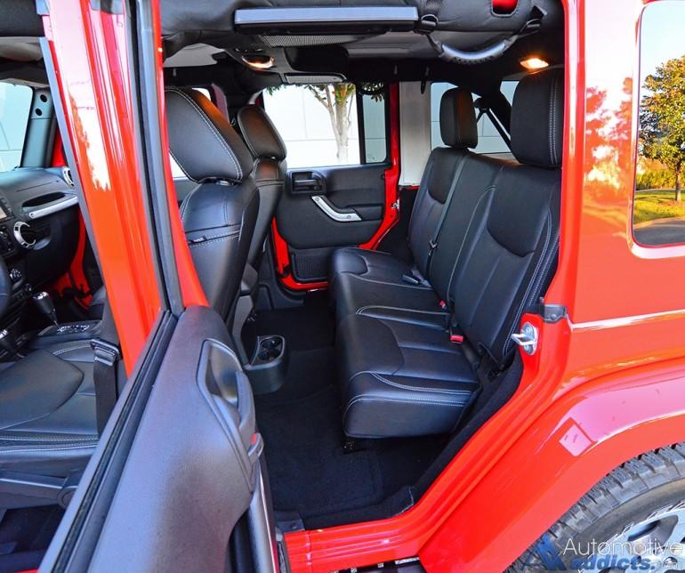 2016-jeep-wrangler-sahara-unlimited-rear-seats
