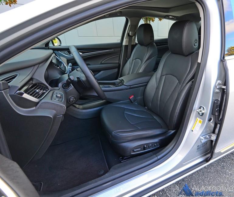 2017-buick-lacrosse-premium-front-seats