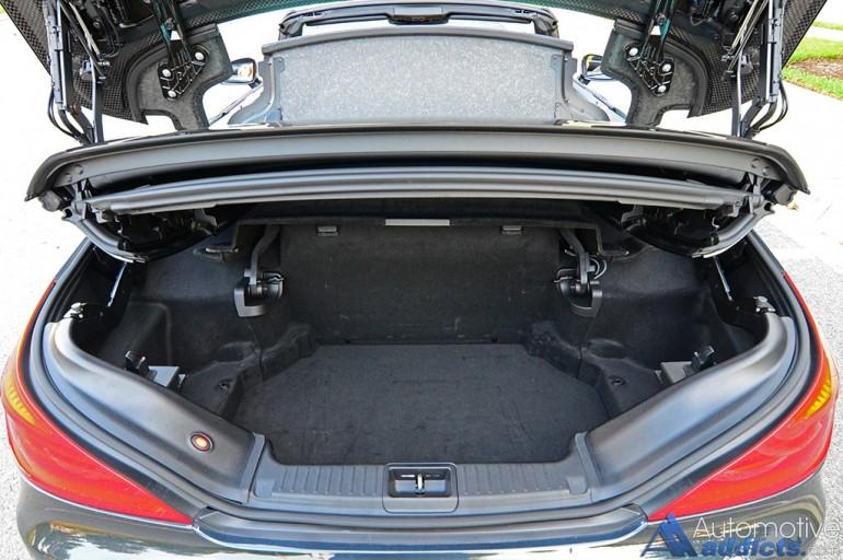 2017-mercedes-amg-sl65-trunk-cargo