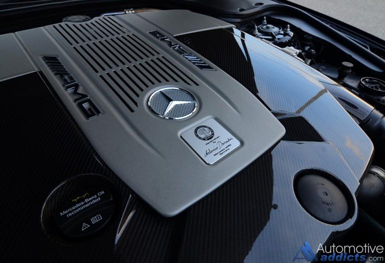 2017-mercedes-amg-sl65-v12-engine-cover-detail