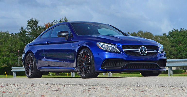 2017-mercedes-amg-c63s-coupe-feature