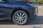 2017-lexus-lx570-wheel-tire