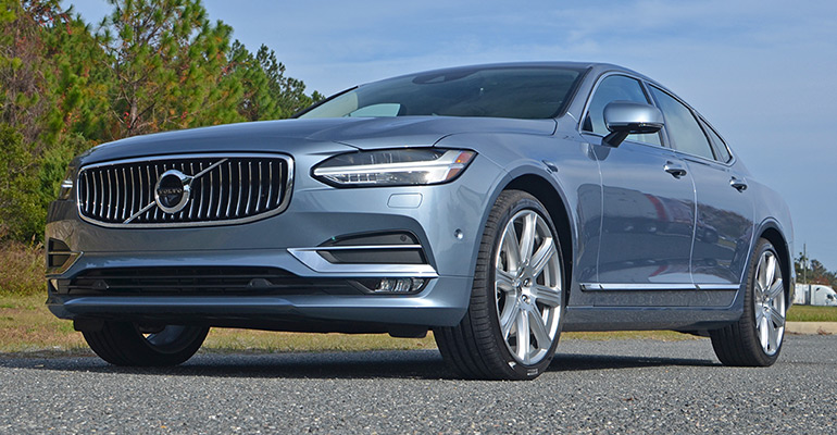2017-volvo-s90-t6-awd-feature