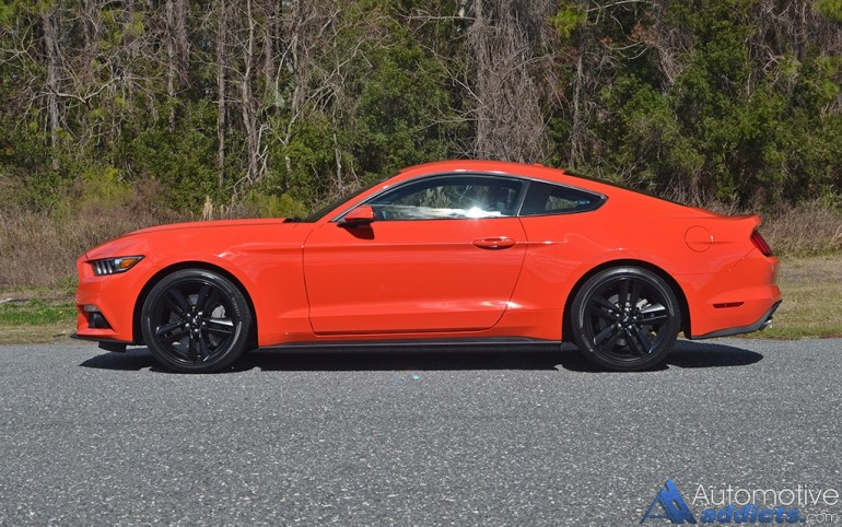 2017-ford-mustang-coupe-ecoboost-side