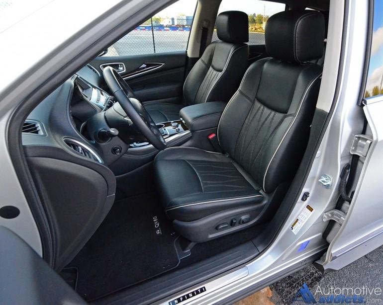 2017-infiniti-qx60-front-seats