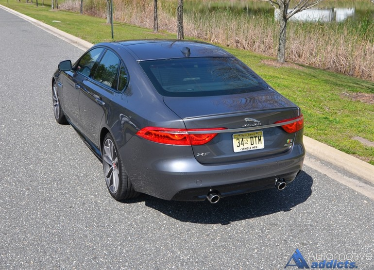 2017-jaguar-xfs-rear-high