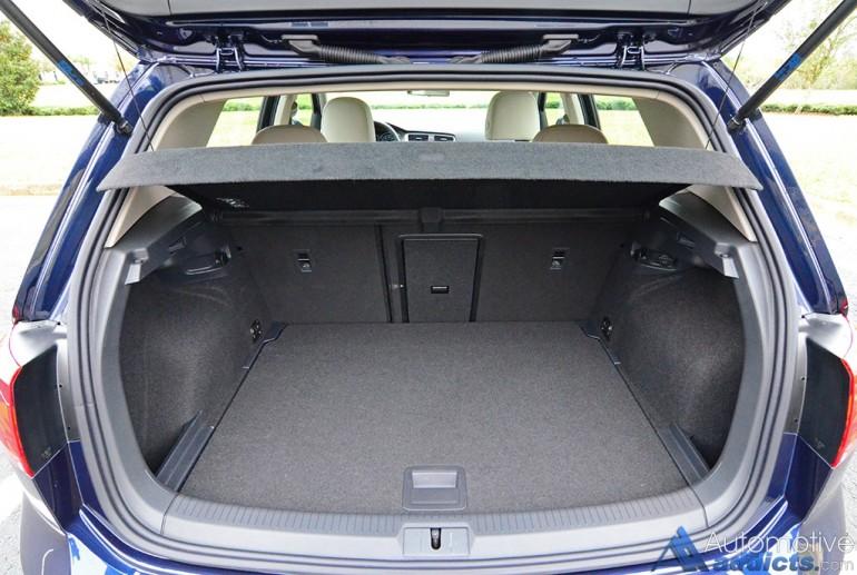 2017-volkswagen-golf-cargo
