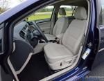 2017-volkswagen-golf-front-seats