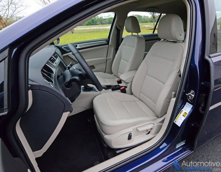 2017-volkswagen-golf-front-seats