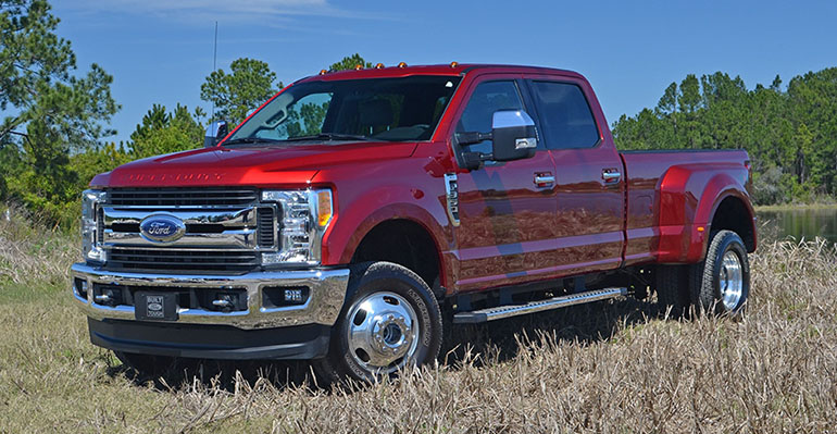 2017-ford-f-350-super-duty-drw-feature
