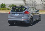 2017-ford-focus-rs-rear-1