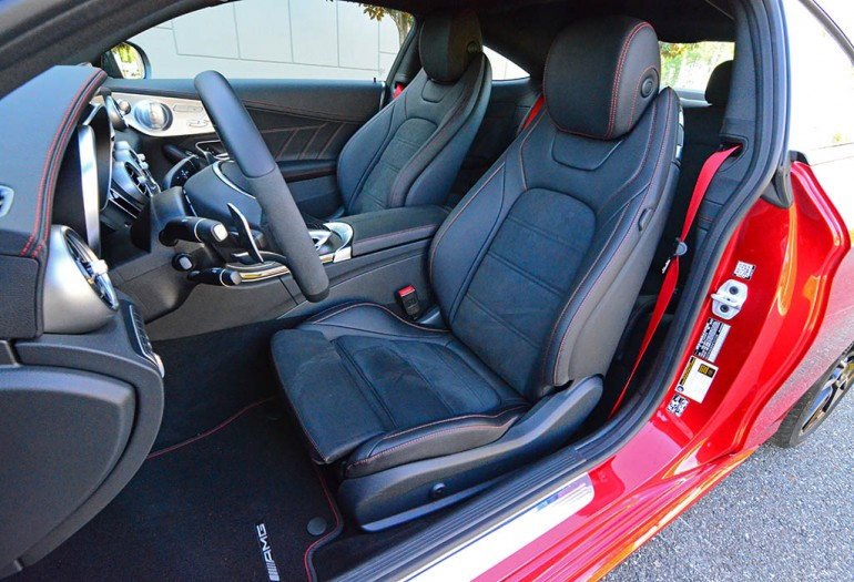 2017-mercedes-amg-c43-coupe-4matic-front-seats