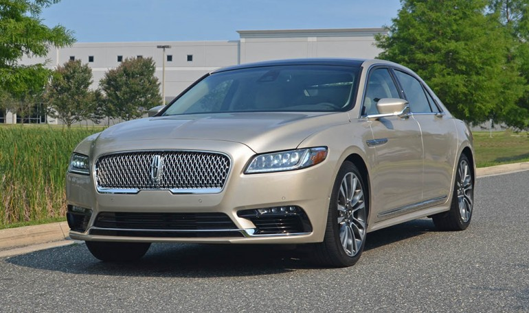 2017-lincoln-continental-reserve-awd-drive