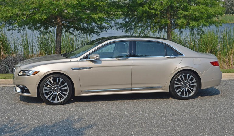 2017-lincoln-continental-reserve-awd-side