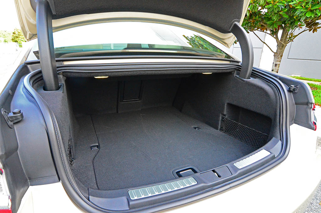 2017 Lincoln Continental Reserve Awd Trunk