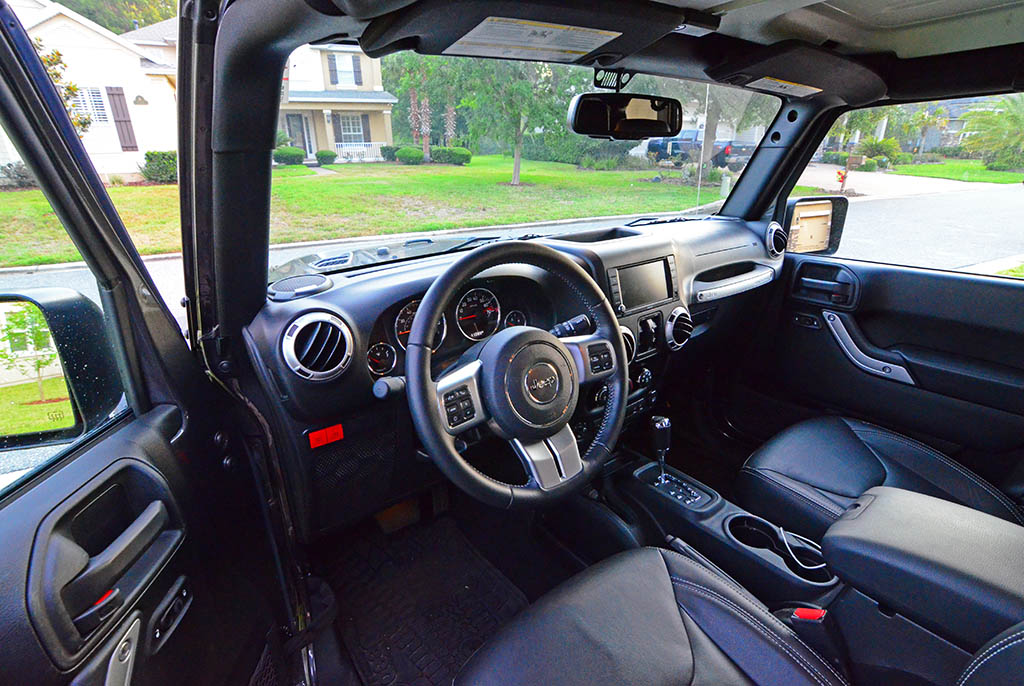 2017 jeep wrangler unlimited rubicon hard rock 4 4 review test drive for Jeep wrangler rubicon interior