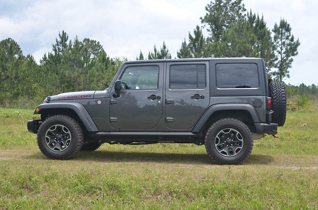 2017 jeep wrangler unlimited rubicon hard rock 4 4 review test drive. Black Bedroom Furniture Sets. Home Design Ideas