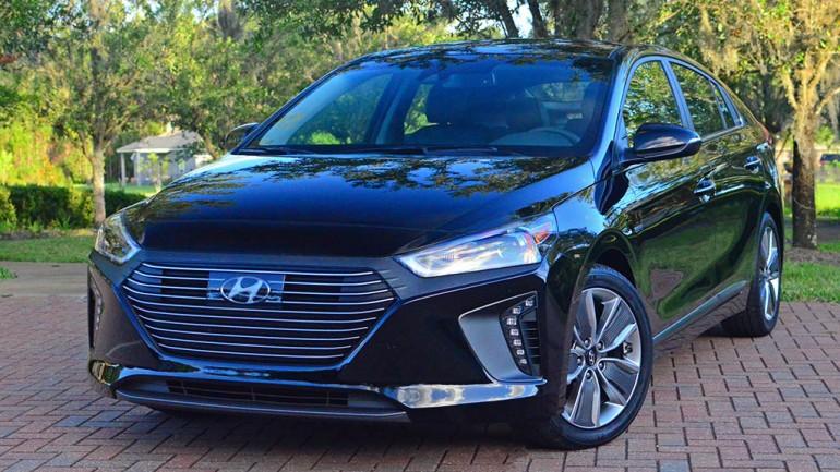 2017 Hyundai Ioniq Hybrid Limited Review & Test Drive