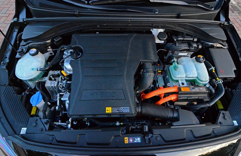 2017-hyundai-ioniq-limited-hybrid-engine-motor