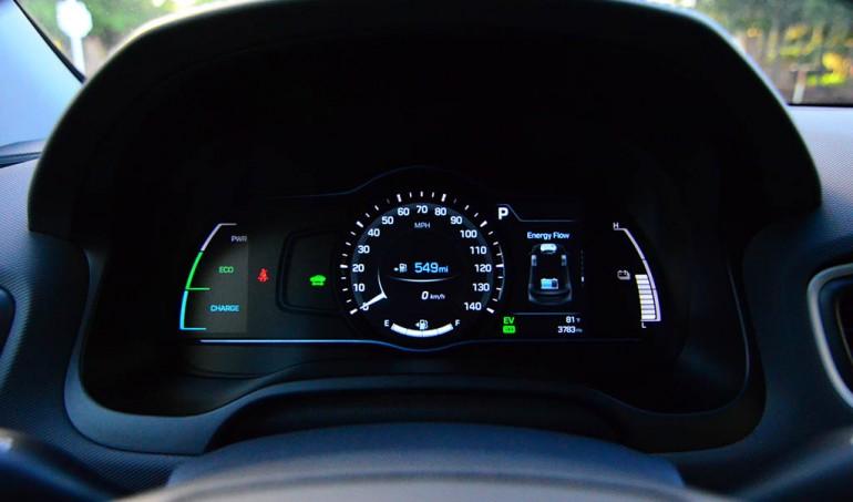 2017-hyundai-ioniq-limited-hybrid-gauge-cluster