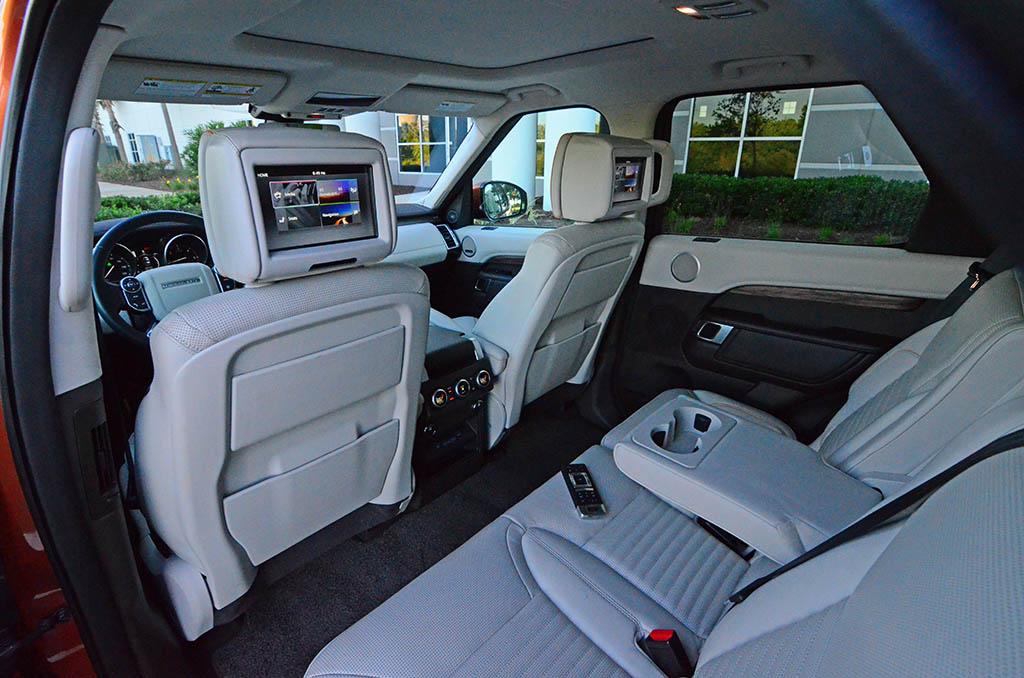2017 land rover discovery hse luxury td6 review test drive for Land rover discovery 2017 interior