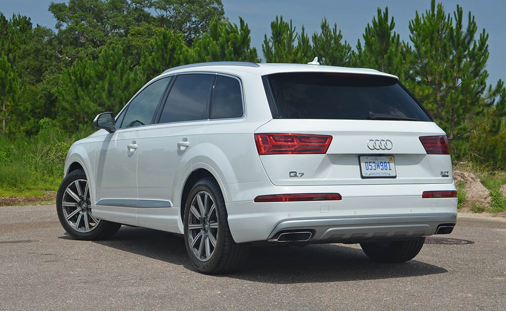Audi Q Prestige Review Test Drive - Audi q7 2018 msrp