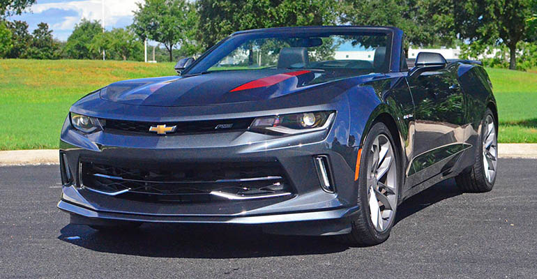 2017-chevrolet-camaro-rs-v6-50th-anniversary-edition-feature