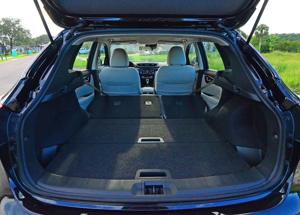 2017 Nissan Rogue Sport SL AWD Review & Test Drive ...